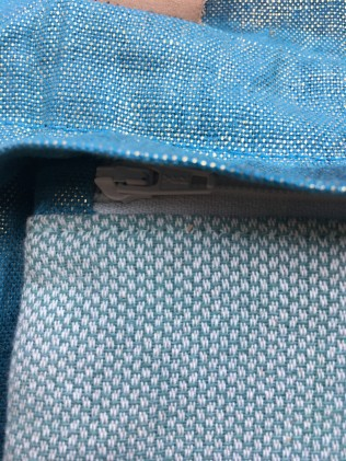 Trixie Handwax detail